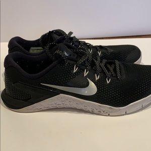 Nike Women's Metcon 4 Crossfit. Nike 924593-001